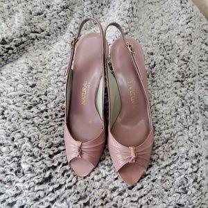 Ladies Naturalizer dress heel -Lilac color 8.5